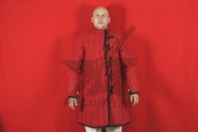 Стеганая куртка длинная красная, 4 слоя, грета