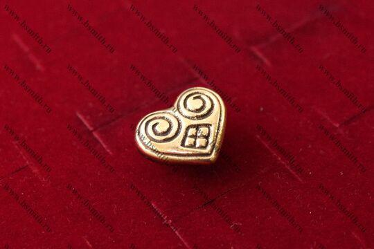 Поясная накладка, Готланд, 10-11 век, вид сбоку