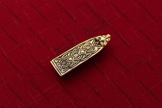 Хвостовик для ремня, Гнездово, Бирка, 9-10 века, вид сбоку