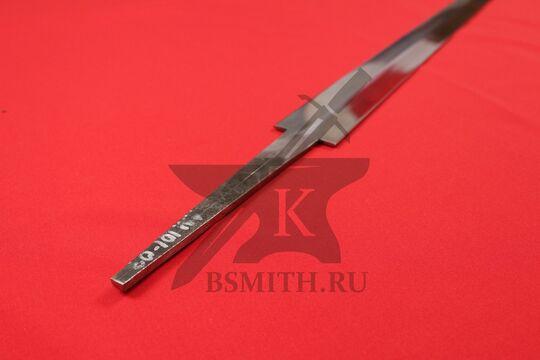 Клинок готического меча полированный, вид со стороны хвостовика