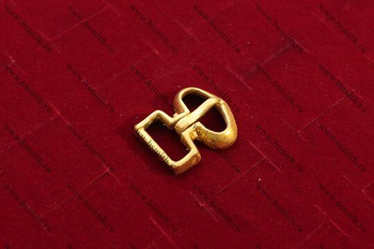Пряжка, Русь, 9-10 век, вид сбоку