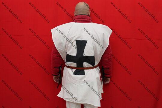 Котта д'арм белая с черным крестом, бязь, вид со спины