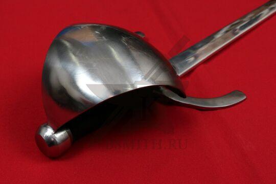 Кинжал с щитком дюралевый полированный, вариант 2, эфес крупно со стороны навершия