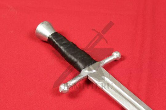 Кинжал текстолитовый 30/45 тип А, эфес крупно со стороны клинка