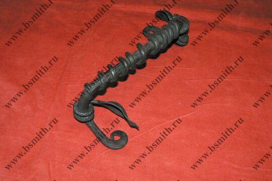 Ручка дверная кованая, обвитая змеей, фото 2