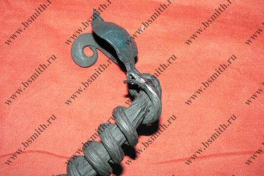 Ручка дверная кованая, обвитая змеей, фото 3