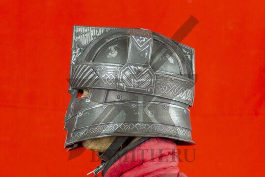 Шлем гномов Мории, пластик, вид сбоку