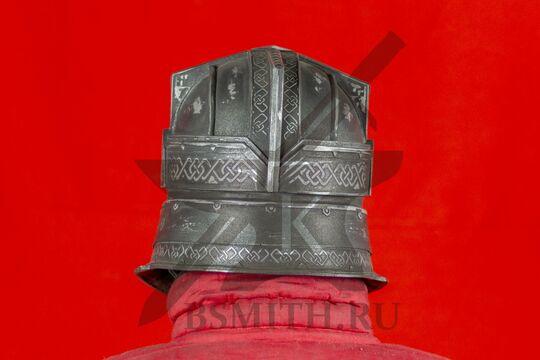 Шлем гномов Мории, пластик, вид сзади