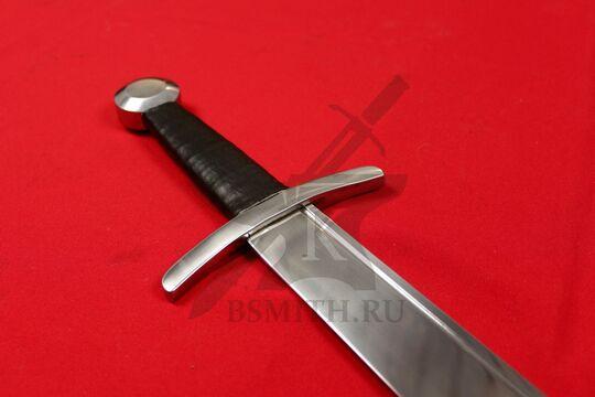 Фальшион, вариант 2, эфес крупно со стороны клинка