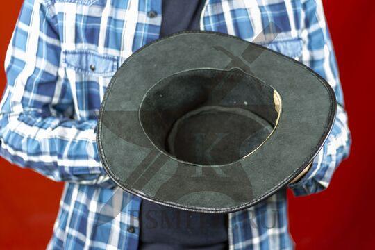 Шляпа федора кожаная черная, изнутри