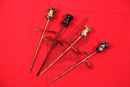"""Кованая розы, цвета слева направо: """"золото"""", """"черная"""", """"бронза"""", """"металл"""""""
