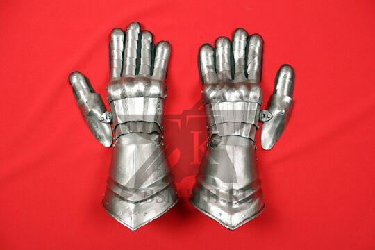 Перчатки готические, вариант 2