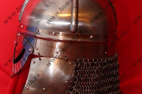 Шлем из Гьермундбю,стальные науши с подкладом, бармица открытая, фото 2