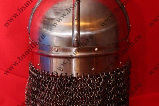 Шлем из Гьермундбю,стальные науши с подкладом, бармица открытая, фото 3
