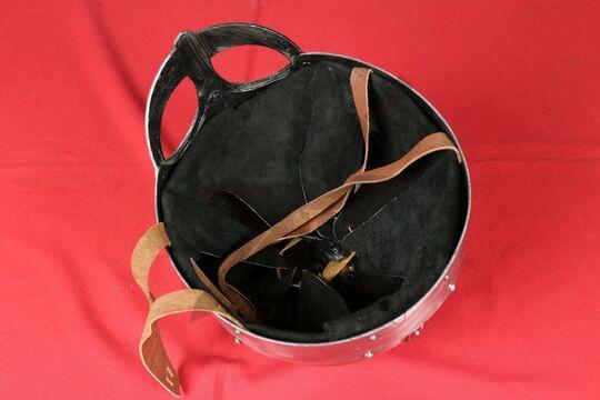 Шлем из Гьёрмундбю упрощенный, парашют, подбородочные ремни, фото 5