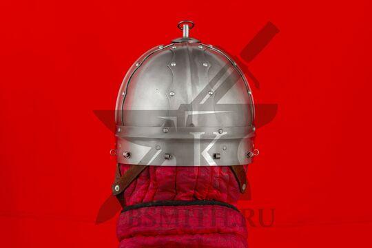 Шлем тюрбанный из Озерного, вид сзади
