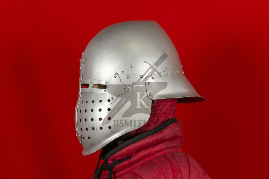 """Шлем """"Васхельм"""" тренировочный, вид сбоку"""