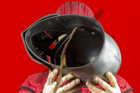 """Шлем бацинет """"For Honor"""", пластик, вид изнутри"""