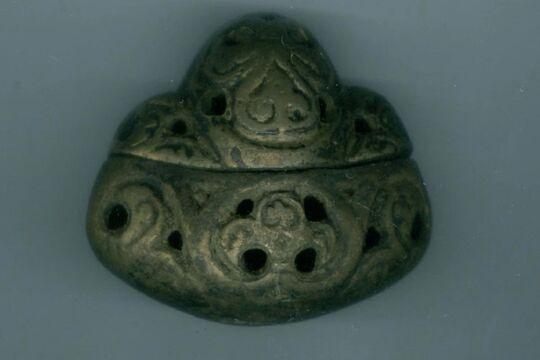 Оригинальное навершие меча из Новгорода, фото Новгородского музея-заповедника