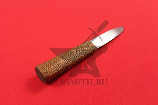 Нож бытовой средневековый, вариант 6, фото со стороны рукояти