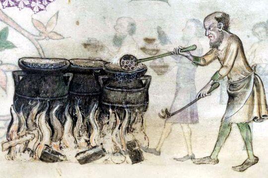 Шумовка кованая, Средневековье, источник