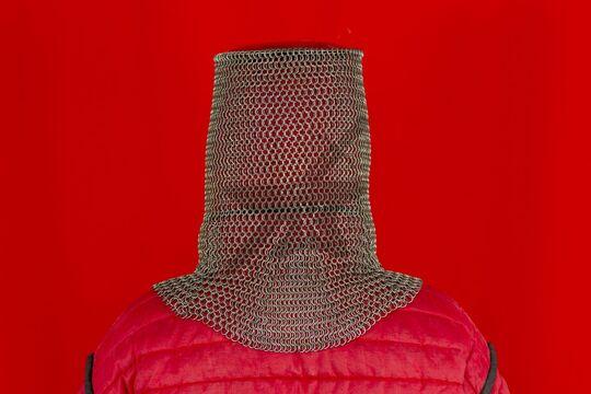 Шлем мисюрка с бармицей 1.6x8 мм, вид сзади