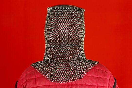 Шлем мисюрка с бармицей 2х10 мм, вид сзади