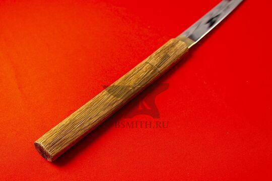 Японский меч-посох сикомидзуэ с изогнутым клинком, эфес крупно со стороны рукояти