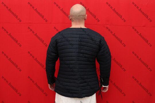Стеганая куртка на 15 век, лен, 2 слоя, вид со спины