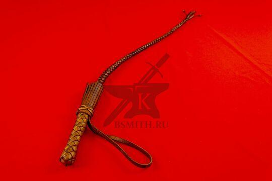 Нагайка кубанская рядовая, 6 полос, коричневая, вид со стороны рукояти