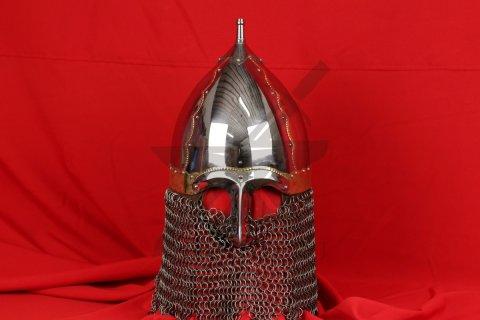 Шлем тип 2 украшенный (полировка, закрытая бармица, латунные элементы)