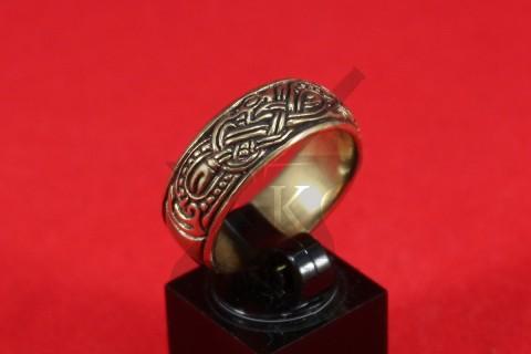 Кольцо со скандинавской плетенкой