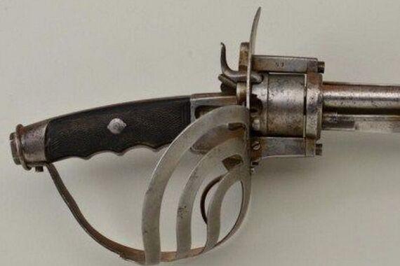 Статья о Пистолет-меч