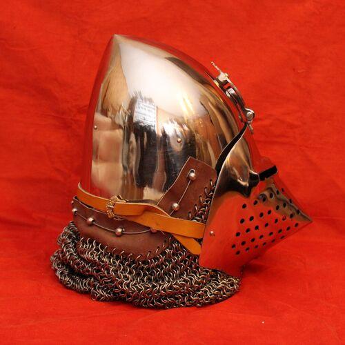 Боевые доспехи рыцаря