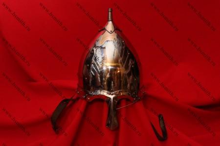 Шлем тип 2 украшенный (купол, полировка, крепление бармицы, подбородочные ремни), фото 1
