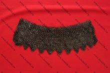 Бармица клепано-сеченая расклиненная с фестонами, плоские кольца